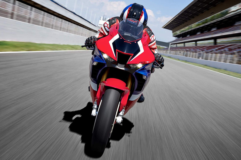 2021 Honda CBR1000RR-R Fireblade SP in Davenport, Iowa - Photo 5