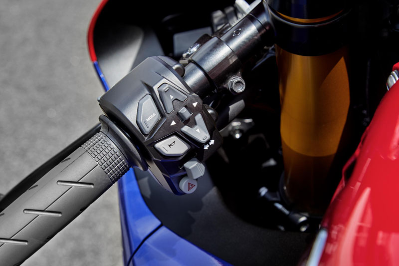 2021 Honda CBR1000RR-R Fireblade SP in Hamburg, New York - Photo 6