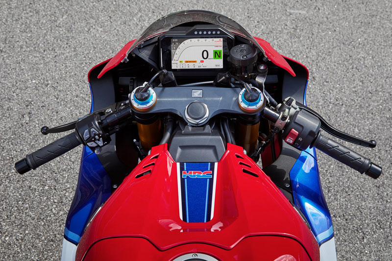 2021 Honda CBR1000RR-R Fireblade SP in Hamburg, New York - Photo 11