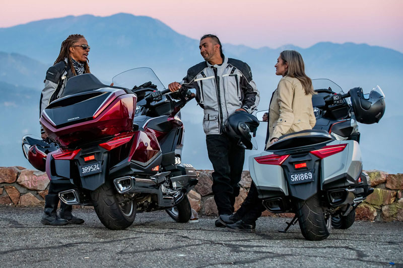 2021 Honda Gold Wing Automatic DCT in Ontario, California - Photo 2