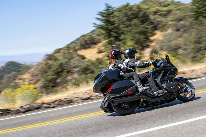 2021 Honda Gold Wing Tour Airbag Automatic DCT in Redding, California - Photo 4