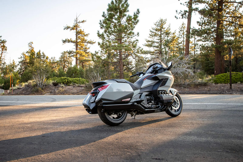 2021 Honda Gold Wing Tour Airbag Automatic DCT in Fremont, California - Photo 6