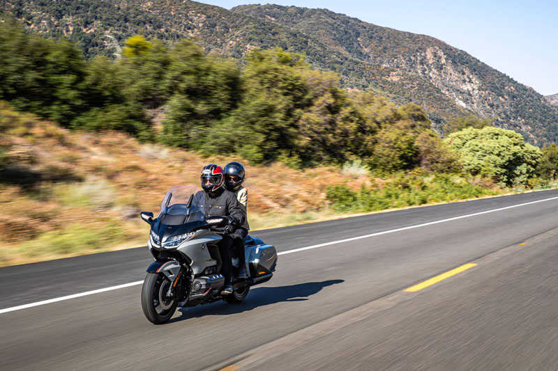 2021 Honda Gold Wing Tour Airbag Automatic DCT in Fremont, California - Photo 7