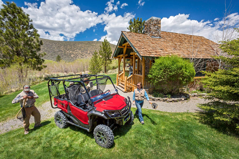 2021 Honda Pioneer 1000-5 Deluxe in Lewiston, Maine - Photo 2