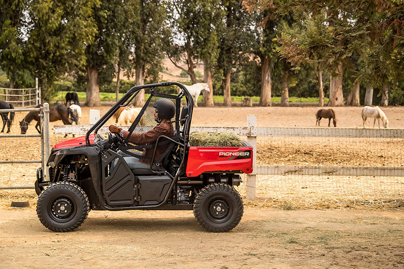 2021 Honda Pioneer 520 in Monroe, Michigan - Photo 6