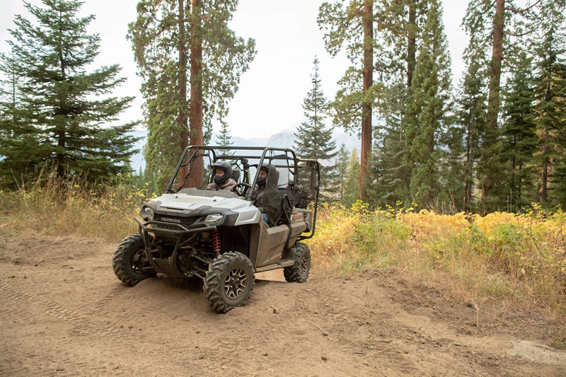 2021 Honda Pioneer 700-4 Deluxe in Hendersonville, North Carolina - Photo 2