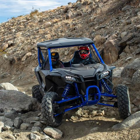 2021 Honda Talon 1000R FOX Live Valve in Victorville, California - Photo 15