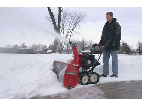 2015 Honda Power Equipment HS724TA in Warren, Michigan