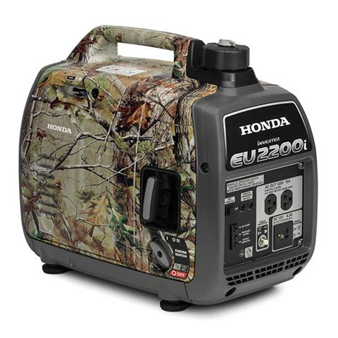 2019 Honda Power Equipment EU2200i Camo in Watseka, Illinois - Photo 1