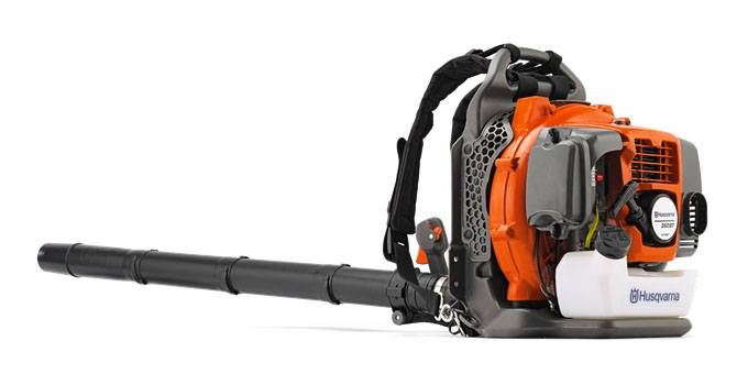 Husqvarna Power Equipment 350BT Leaf Blower in Speculator, New York