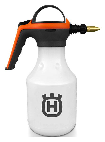 2020 Husqvarna Power Equipment 48 oz. Handheld Sprayer in Walsh, Colorado