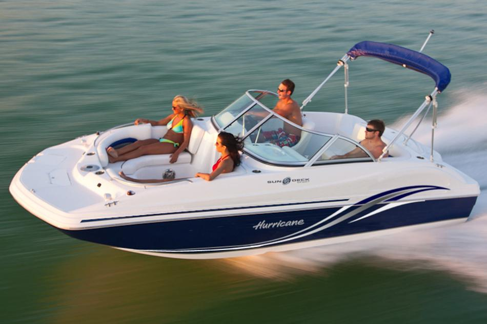 2016 Hurricane SunDeck 187 IO in Bridgeport, New York