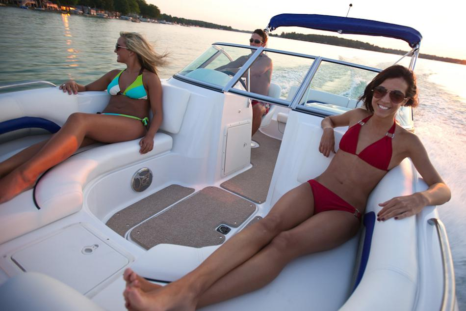 2016 Hurricane SunDeck 187 OB in Lewisville, Texas - Photo 5