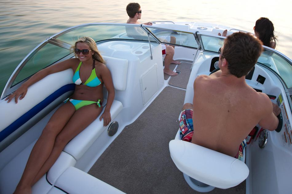 2016 Hurricane SunDeck 187 OB in Lewisville, Texas - Photo 7