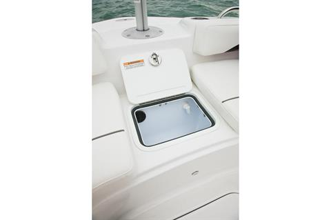 2016 Hurricane SunDeck Sport 211 OB in Bridgeport, New York