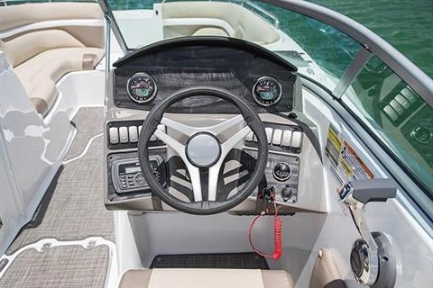 2017 Hurricane SunDeck 2486 OB in Ontario, California