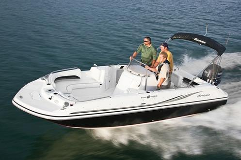 2017 Hurricane SunDeck Sport 211 OB in Lake City, Florida
