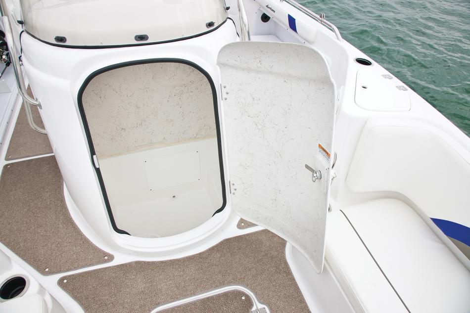 2017 Hurricane SunDeck Sport 231 OB in Lake City, Florida