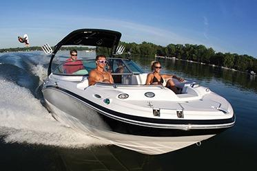 2018 Hurricane SunDeck 2200 IO in Lake City, Florida