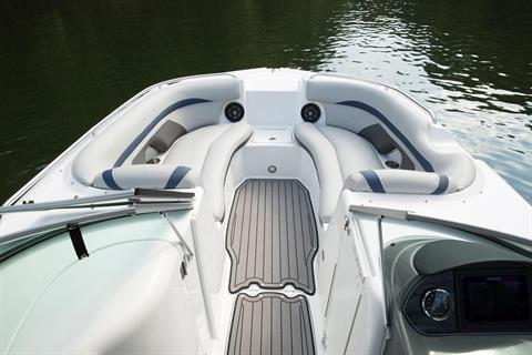 2018 Hurricane SunDeck 2400 IO in Bridgeport, New York - Photo 4