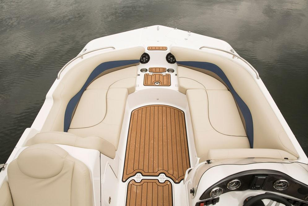 2018 Hurricane SunDeck Sport 202 IO in Bridgeport, New York - Photo 6