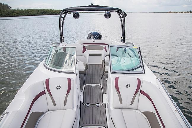 2018 Hurricane SunDeck 2400 OB in Niceville, Florida