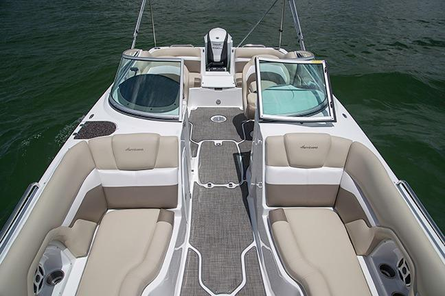 2018 Hurricane SunDeck 2486 OB in Bridgeport, New York - Photo 4