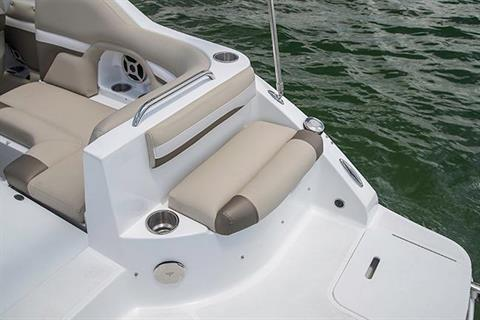 2018 Hurricane SunDeck 2486 OB in Bridgeport, New York - Photo 7