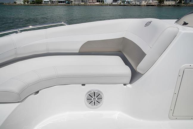 2018 Hurricane SunDeck Sport 188 OB in Bridgeport, New York - Photo 8