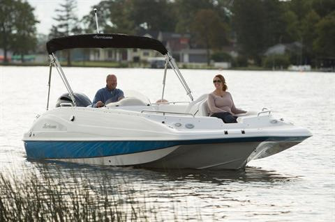 2018 Hurricane SunDeck Sport 202 OB in Lewisville, Texas - Photo 2