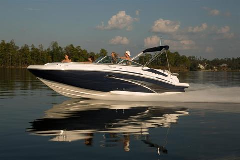 2019 Hurricane SunDeck 2400 IO in Lake City, Florida