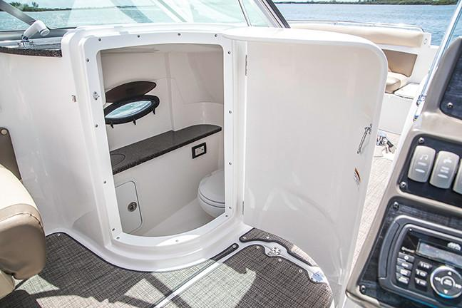 2019 Hurricane SunDeck 2486 OB in Lake City, Florida - Photo 12