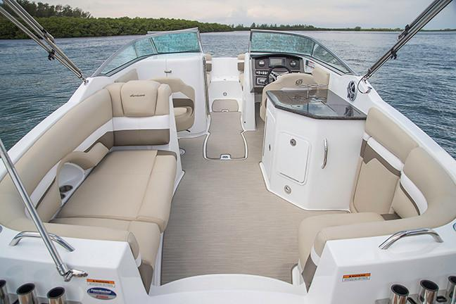 2019 Hurricane SunDeck 2690 OB in Perry, Florida - Photo 10