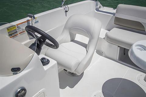 2019 Hurricane SunDeck Sport 188 OB in Lake City, Florida - Photo 8
