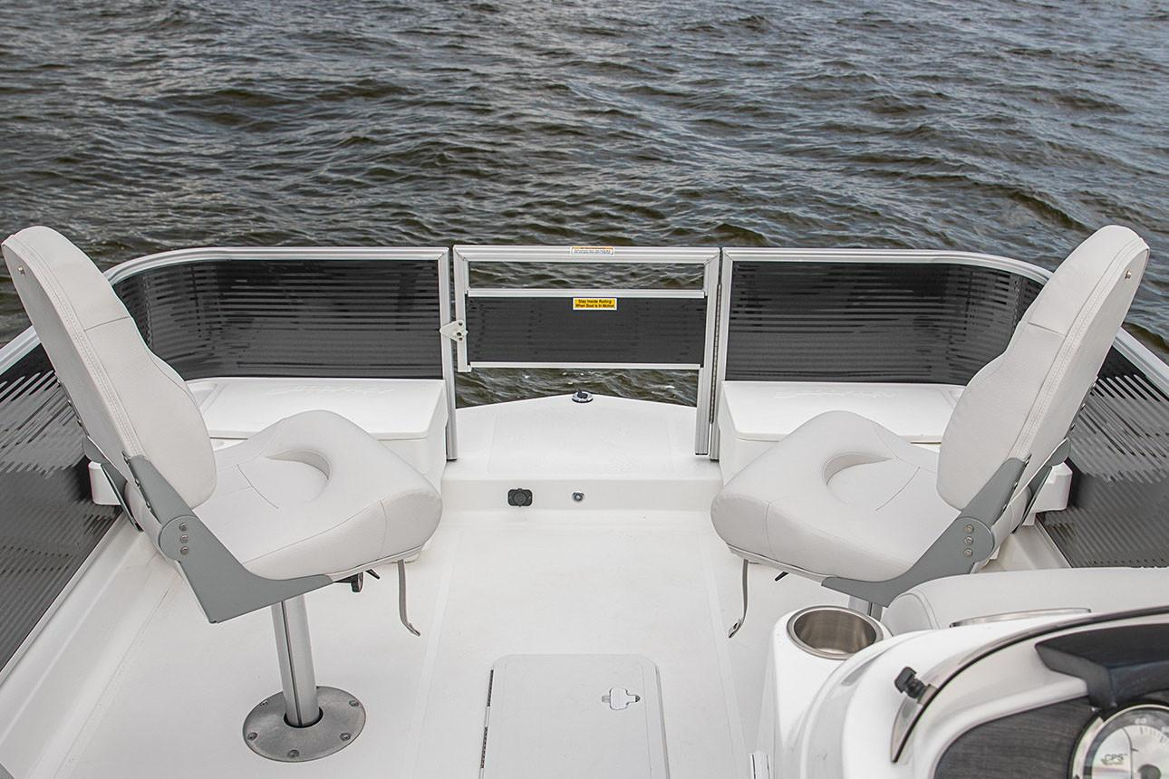 2020 Hurricane FunDeck 216F OB in Lake City, Florida - Photo 4
