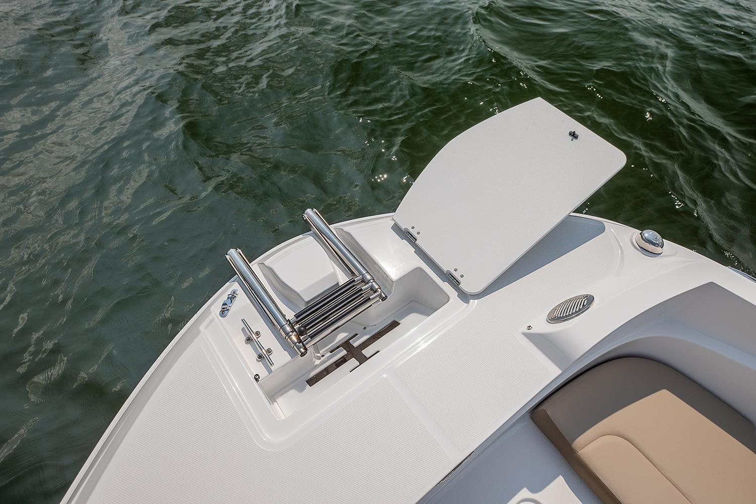 2021 Hurricane SunDeck Sport 205 IO in Lafayette, Louisiana - Photo 4