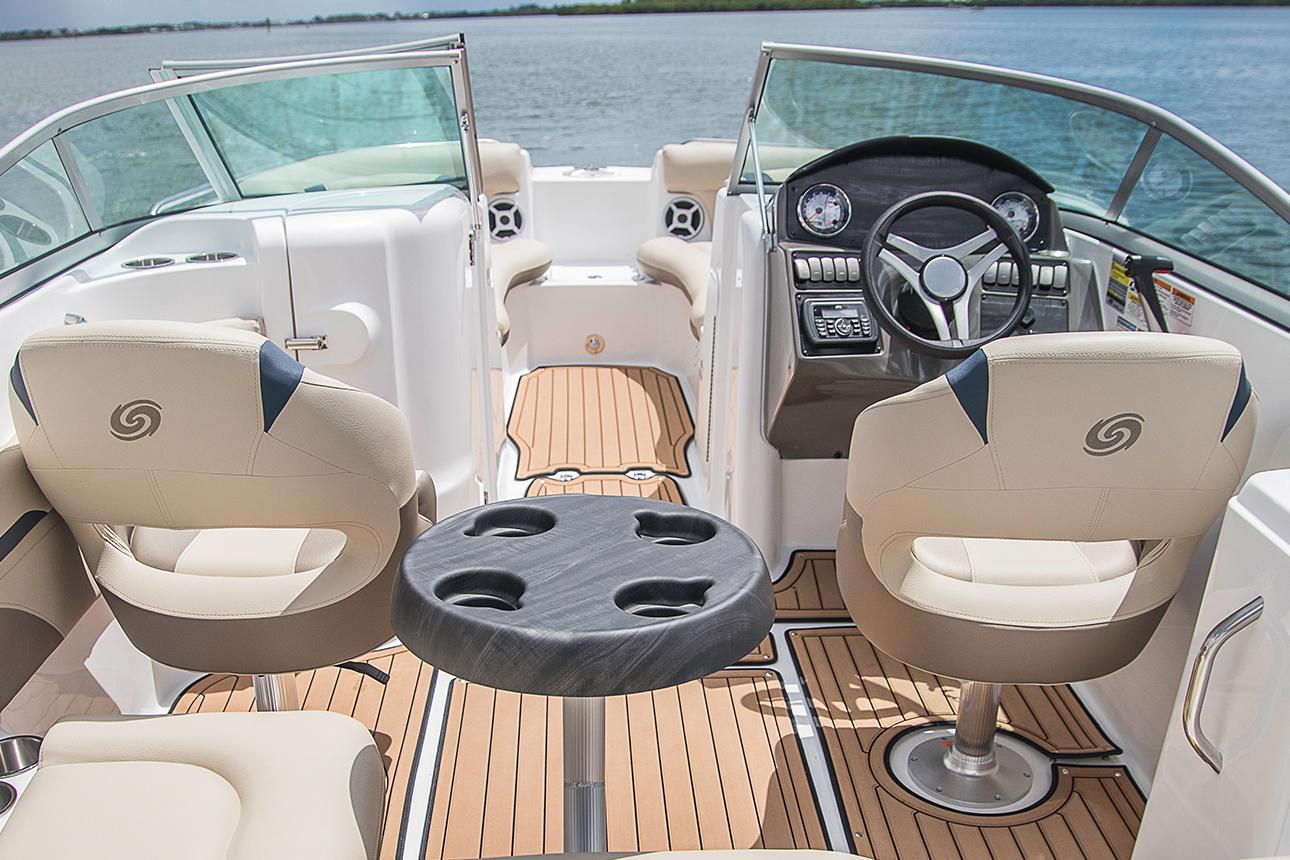 2021 Hurricane SunDeck 2200 DC OB in Lake City, Florida - Photo 5