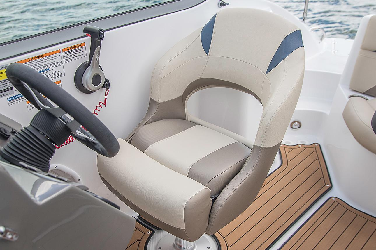2021 Hurricane SunDeck 2200 DC OB in Lake City, Florida - Photo 7
