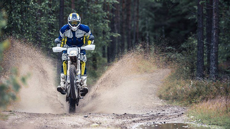 2016 Husqvarna 701 Enduro in Woodinville, Washington - Photo 6