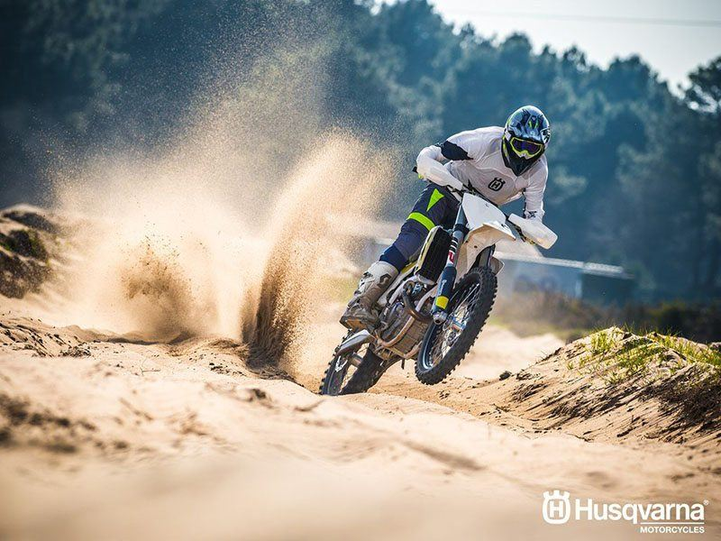 2017 Husqvarna FC 350 in Warrenton, Oregon - Photo 4