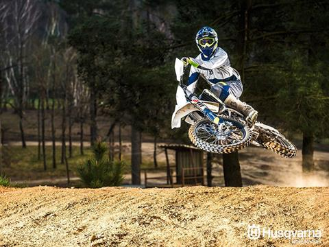 2017 Husqvarna FC 350 in Warrenton, Oregon - Photo 5