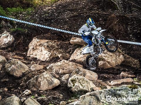 2017 Husqvarna FX 450 in Moorpark, California