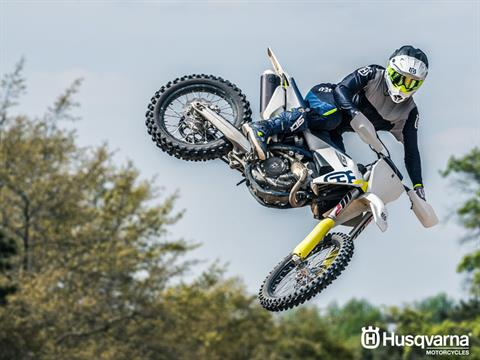 2019 Husqvarna FC 250 in Ukiah, California - Photo 11