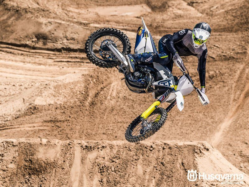 2019 Husqvarna FC 350 in Castaic, California - Photo 9