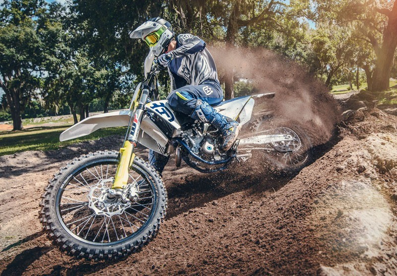 2019 Husqvarna FC 350 in Land O Lakes, Wisconsin - Photo 16