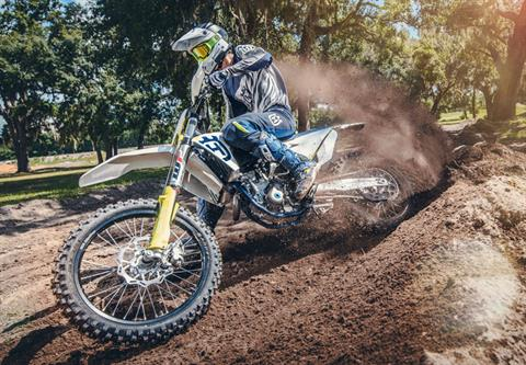 2019 Husqvarna FC 350 in Troy, New York - Photo 16
