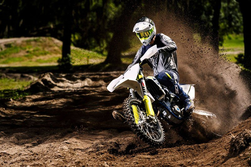 2019 Husqvarna FC 350 in Land O Lakes, Wisconsin - Photo 21