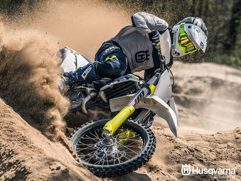 2019 Husqvarna FC 450 in Clarence, New York - Photo 8