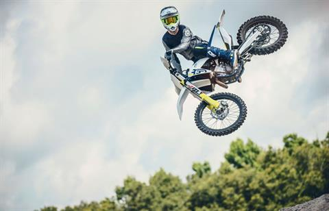 2019 Husqvarna FC 450 in Clarence, New York - Photo 16