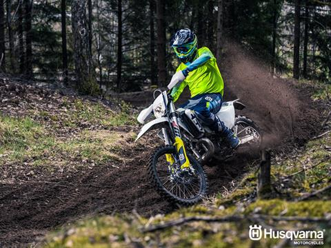2019 Husqvarna TE 250i in Billings, Montana - Photo 6